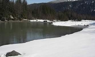 Kaxdigoowu-Heen-Dei-Mendenhall-River-Trail-01-mxq0c3