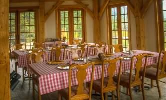 Lodge-at-Black-Rapids-01-n3qhqu