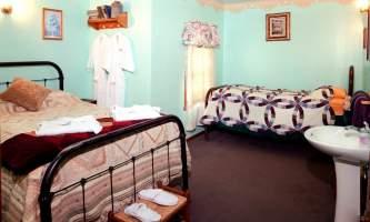 Mc Carthy_Lodge_Ma_Johnson_Hotel2013-3-nz0bbl