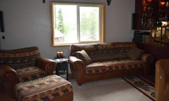 Northwoods-Lodge-Madison_game_room-pf9uzq