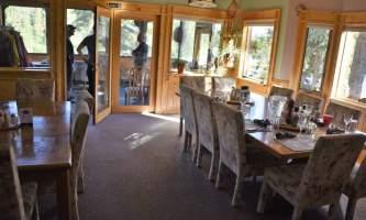 Northwoods-Lodge-dining_room_2018-pfb6dv