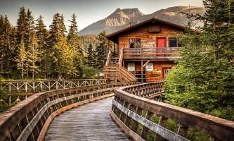 Tutka-Bay-Lodge-10-mz3k2l