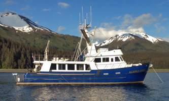 Alaska-bear-adventures-boat-based-bea-AK_DAWN_sideview1920x1080-omm30f