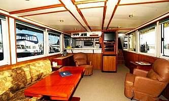 Alaska-bear-adventures-boat-based-bea-Main Cabin3-omm310