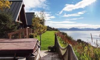 Alaskan-suites-aksuites-7-p6bckr