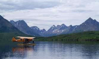 Aniak-air-guides-Scenery-Cub_on_Aniak_Lake-pmesus
