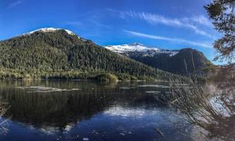 Connell-lake-trail-Connell_Lake_Frozen-p5v0p3