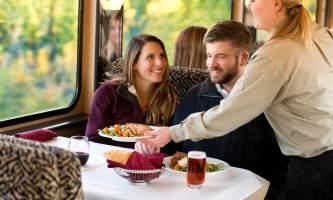 Denali rail tours rail2013 12 dining pavzy0