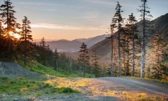 Eagle-crest-ski-area EC_Summer Hike_v_1-5_evening_hike_jeremy_lavender-os7wio