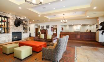 Homewood-suites-anchwhw-lobby-front-desk_9796_copy-p10kt9