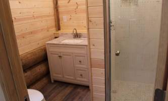Johnstone-bay-adventure-lodge-IMG_3751-pokdm0
