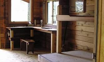 Petersburg lake cabin 03 mqicmi