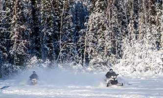 Snowmobiling 2 sleds in open p5hybm