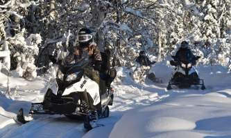 Snowmobiling dsc 0143 p5hybf