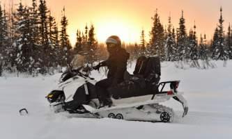 Snowmobiling russian oxrmzj