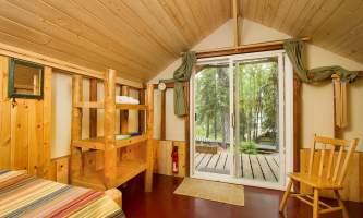 Ultimate-alaska-adventure-KBL-Cabin-Tent-Interior1-pdvuni