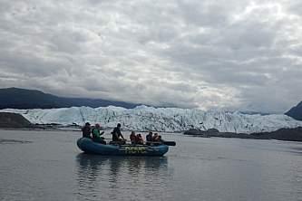 Glacier Float IMG 2078 nzf7o6