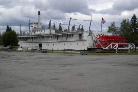 Riverboat Nenana