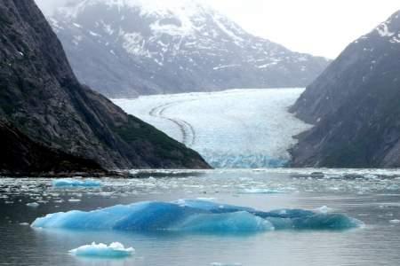 Glacier_Bay_Lodge_2013-12-mnmvfg