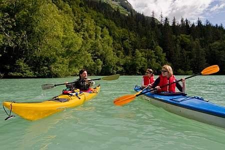 Rainbow Glacier Adventures Rafting & Kayaking