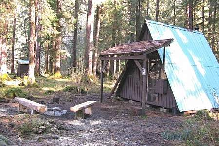 Redoubt Lake Cabin