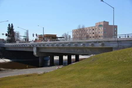 Veteran's Memorial Bridge