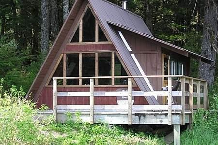 Castle River Cabin