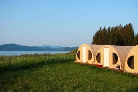 Great-alaska-bear-camp-bear-viewing-bearcamp-tents-and-bay-1092732536-phuctg