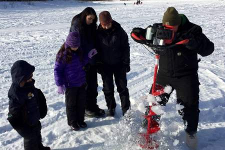 Rod's Alaskan Guide Service Ice Fishing