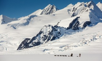 Alaska helicopter tours dog sledding C Jeff Schultz Schultz Photo com 5