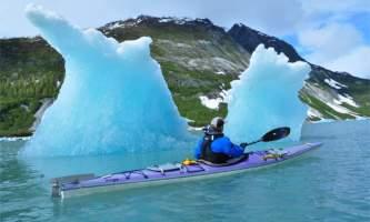 Alaska mountain guides sea kayaking Ice berg solo kayak2019