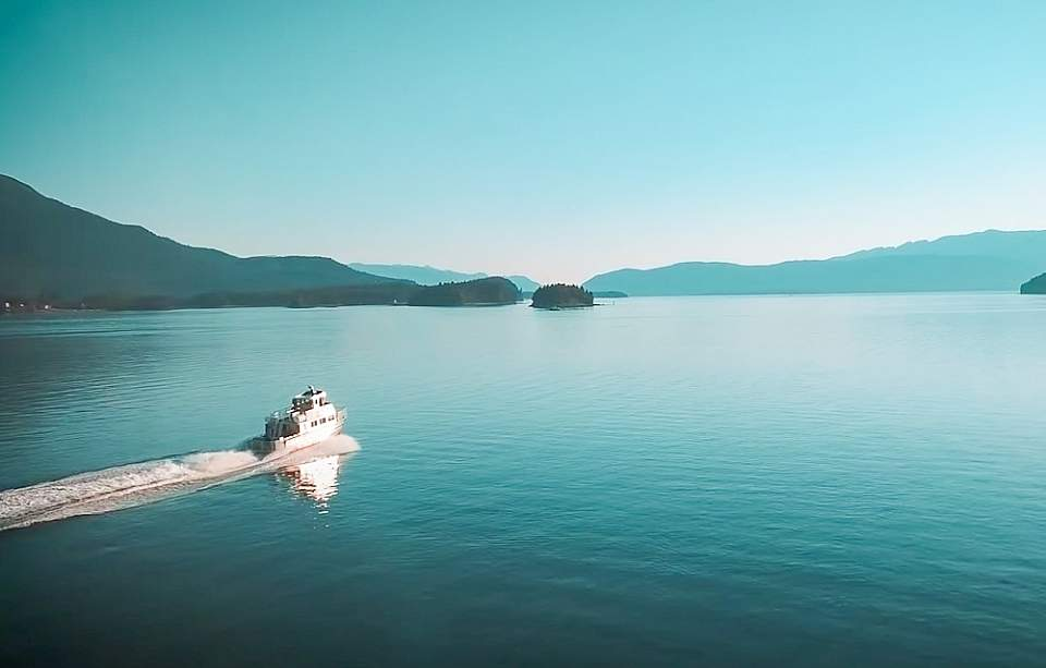 Alaska Tale's boats are fast, getting you to the whale watching grounds quicker so you have more time to watch the whales