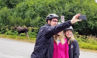 Alaska trail guides mooseselfie