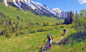 Alaska trail guides Crecent Lakes