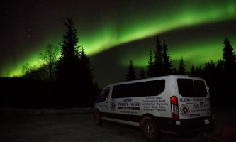 Alaska Wildlife Guide Chena Hot Springs Northern Lights tours 20190404 235156654 i OS2019
