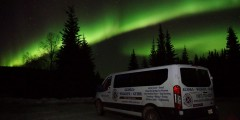 Alaska Wildlife Guide: Chena Hot Springs Northern Lights Tours