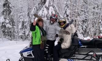 Alaska Wildlife Guide Snowmobiling in Alaska 20181217 214100635 i OS2019