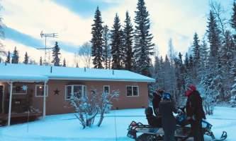 Alaska Wildlife Guide Snowmobiling in Alaska IMG 53372019