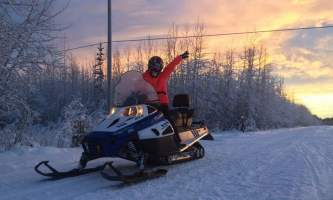 Alaska Wildlife Guide Snowmobiling in Alaska snow mobile tour2019