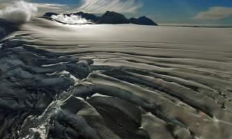 Alpine air alaska girdwood glacier dogsledding Alpine Air Dramatic Glacier