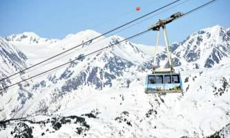 AKSKI20110207 688 alaska hotel alyeska girdwood aerial tram