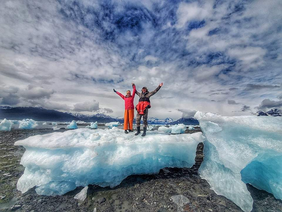 6-hour day trips from Valdez include sea kayaking and hikes ashore