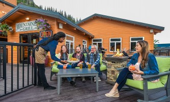 2019 Mountaineer outdoor dining2019