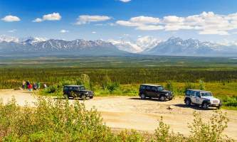 Denali Highway Jeep Excursion jeep2019