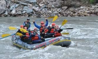 Denali Raft Adventures 2014 Devin Paddle2019