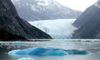 Glacier bay lodge Tracy arm