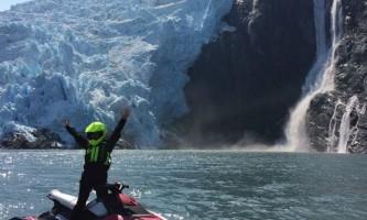 Glacier jetski adventures one ski glacier2019