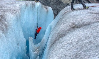 Exit glacier guides ice climbing 11