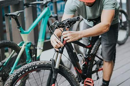 Powder Hound Ski and Bike