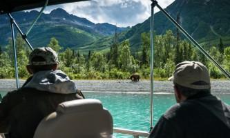 Jodyo photos 17 C0731 014 alaska rusts bear viewing anchorage